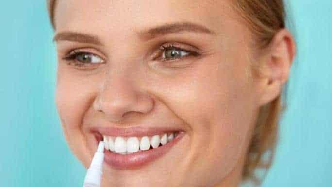 Diş beyazlatma kalemi