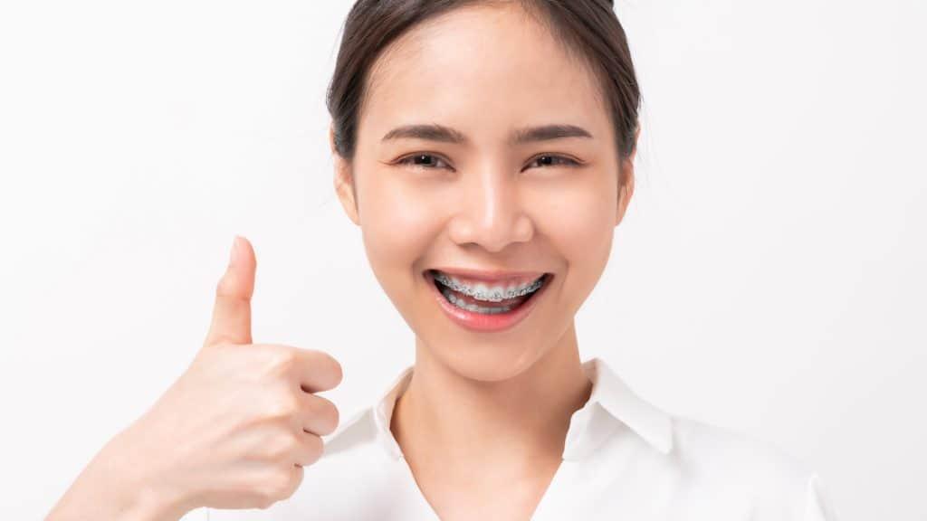 diş teli ağrısı